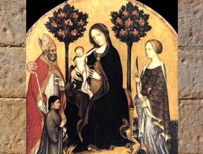 D'après la Vierge à l'Enfant, Gentile da Fabriano, début XVe siècle, des anges nichent dans deux arbres. (Marsailly/Blogostelle)