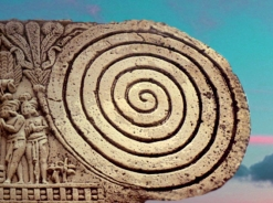 D'après un détail du grand stûpa n° 1 de Sânchî, spirale et motif végétal, vers le Ier siècle avjc, Madya Pradesh, Inde du Nord. (Marsailly/Blogostelle)