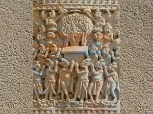 D'après une évocation du Premier Sermon du Buddha, relief, Sanchî 1, Madya Pradesh, Nord, Inde ancienne. (Marsailly/Blogostelle)