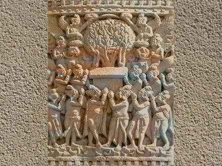 D'après un relief Bouddhique, Sanchî 1,Madya Pradesh, Inde du Nord. (Marsailly/Blogostelle)