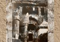 D'après la façade de Karlî (ou Karla) et son énorme colonne surmontée de lions, fin du Ier siècle apjc- IIe siècle apjc, Mahârâsthra,Sud, Inde ancienne. (Marsailly/Blogostelle