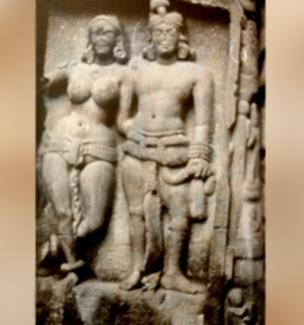 D'après un couple sculpté, façade du temple de Karlî, fin du Ier siècle apjc- IIe siècle apjc, Mahârâsthra, Sud, Inde ancienne. (Marsailly/Blogostelle)