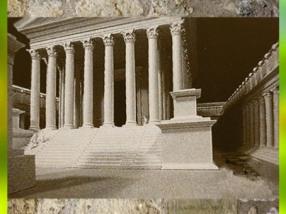 D'après une maquette, temple et portiques, Lugdunum, Ier siècle apjc, Lyon, Gaule Romaine. (Marsailly/Blogostelle)