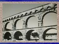 D'après le Pont du Gard, vers le milieu du Ier siècle apjc, Gaule Romaine. (Marsailly/Blogostelle)