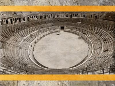D'après les Arènes de Nîmes, amphithéâtre antique, Ier -IVe siècle apjc, Gaule Romaine, France. (Marsailly/Blogostelle)