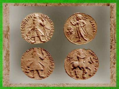 D'après Kanishka et Hélios, Kanishka et déité perse, Mozdoano en grec, Ier-IIe siècle apjc, art Kushâna, Inde du Nord. (Marsailly/Blogostelle)