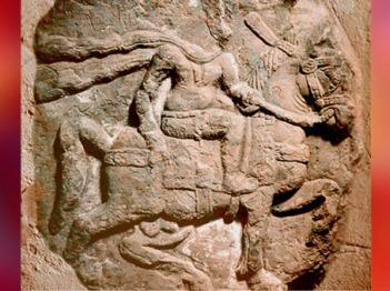 D'après un cavalier, bas-relief, Mathurâ, dynastie Kushâna, IIe siècle apjc, Uttar Pradesh, Inde du Nord. (Marsailly/Blogostelle)