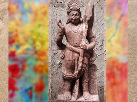 D'après le dieuSkandachef des armées divines,Kârttikeya, Ier siècle apjc, école de Mathurâ, Uttar Pradesh, Inde du Nord. (Marsailly/Blogostelle)