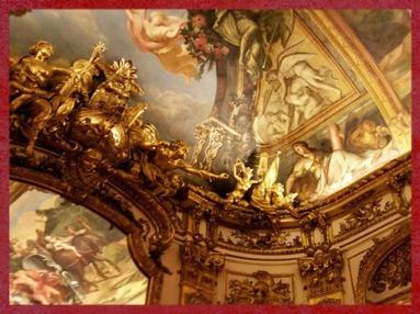 D'après les décorations de la Galerie Dorée, Hôtel de Toulouse (Banque de France), Paris, France, XVIIIe siècle. (Marsailly/Blogostelle)