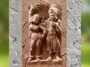 D'après un couple Yakshî et Yaksha, déités des arbres et de la Végétation, Mathurâ, époque Kushâna, IIe siècle apjc, Inde du Nord. (Marsailly/Blogostelle)