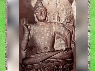 D'après Buddha sur un trône et son geste d'Absence de Crainte, vers IIe siècle apjc, époque Kushâna, Uttar Pradesh, Inde du Nord. (Marsailly/Blogostelle)