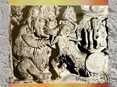 D'après un Yaksha, symbole d'abondance, IIe siècle apjc, Amarâvatî, Andhra Pradesh, Inde du Sud. (Marsailly/Blogostelle)