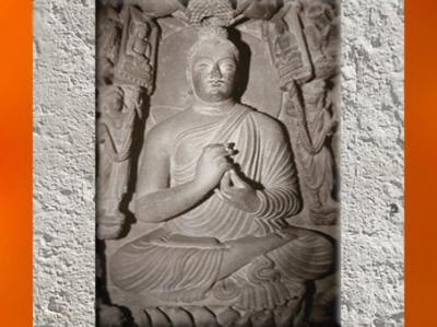 D'après Buddha sur le lotus, IIe-IIIe siècle apjc, art du Gandhâra, époque Kushâna en Inde du Nord. (Marsailly/Blogostelle)