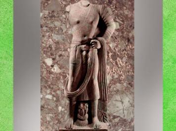 D'après Buddha en habit monastique école de Mathurâ, vers IIe siècle apjc, époque Kushâna, Uttar Pradesh, Inde du Nord. (Marsailly/Blogostelle)