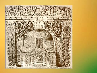 D'après un stûpa et son dôme, relief,fin Ier siècle apjc - début IIe siècle apjc.Andhra Pradesh, Inde du Sud. (Marsailly/Blogostelle)