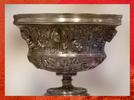 D'après un décor de masques sur une coupe, Trésor de Hildesheim, argent, Ier siècle avjc, Allemagne, Germanie Romaine. (Marsailly/Blogostelle)