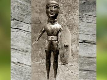 D'après le Dieu Gaulois de Saint-Maur, bronze, Ier siècle apjc, France,Gaule Romaine. (Marsailly/Blogostelle)