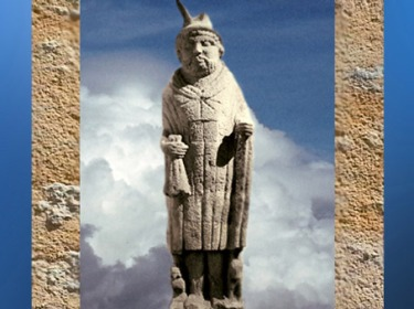 D'après le Mercure de Lezoux, vêtu à la gauloise, Auvergne, Ier avjc-IVe siècle apjc,Gaule Romaine. (Marsailly/Blogostelle)