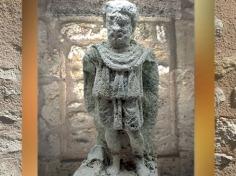 D'après une sculpture du dieu gaulois Sucellus, sanctuaire près de Lyon, Gaule Romaine. (Marsailly/Blogostelle)