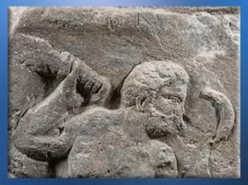 D'après le dieu gaulois Smertrios, divinité à la lune, Pilier des Nautes, Ier siècle apjc, Lutèce, Paris, Gaule Romaine. (Marsailly/Blogostelle