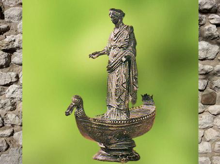 'après Sequana et son palmipède, sanctuaire des Sources de La Seine, Ier - IIIe siècle apjc, Bourgogne, France, Gaule Romaine. (Marsailly/Blogostelle)