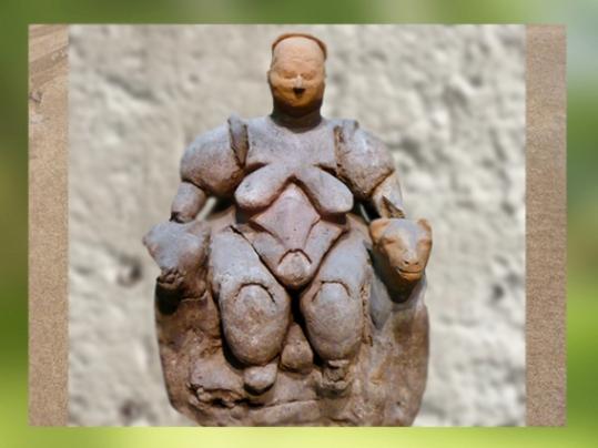 D'après la Déesse-Mère aux Léopards, VIe millénaire avjc, Çatal Hüyük , Anatolie, (Marsailly/Blogostelle)
