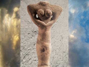 D'après une figurine façonnée en terre cuite, période d'Obeid, Ve millénaire avjc, Tello, Irak actuel, Mésopotamie néolithique. (Marsailly/Blogostelle)