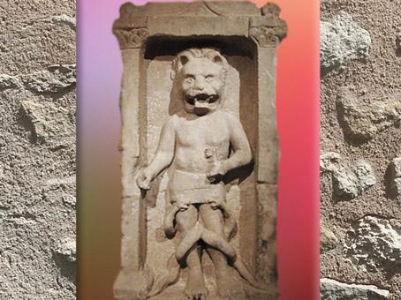 D'aprèsMithra à tête et pattes de lion (léontocéphale),mithraeum de Bordeaux, IIIe siècle apjc, Gaule Romaine. (Marsailly/Blogostelle)
