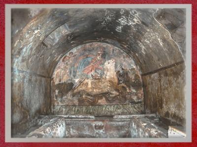 D'après le mithraeum souterrain de Capoueet l'image du Taurobole, IIe siècle apjc, Italie,époque Romaine. (Marsailly/Blogostelle)