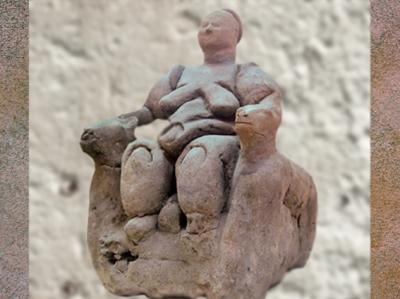 D'après unedéesse-mère aux Léopards, VIe millénaire avjc, Çatal Höyük, Anatolie, Turquie actuelle, Levant Néolithique. (Marsailly/Blogostelle)