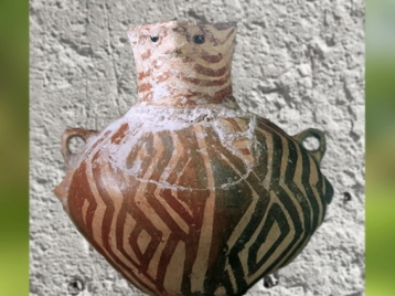 D'après une terre cuite peinte, vers 5000 ans avjc, Haçilar, Anatolie, Turquie, Levant Néolithique. (Marsailly/Blogostelle)