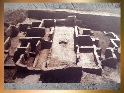 D'après les ruines d'une maison, Obeid, vers 5000-4000 ans avjc, Irak, Mésopotamie néolithique. (Marsailly/Blogostelle)