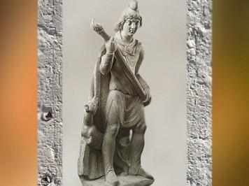 D'après Cautès, porteur de torche, mithraeum de Sidon,marbre, IVe siècle apjc, Phénicie, Liban, époque Romaine. (Marsailly/Blogostelle)