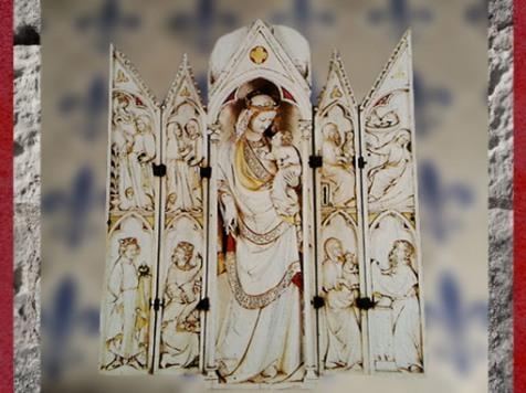 D'après la Vierge à l'Enfant, polyptyque, ivoire polychrome, XIVe siècle, Gothique International, France. (Marsailly/Blogostelle)