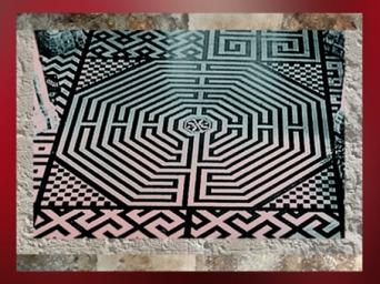 D'après la cathédrale d'Amiens, labyrinthe, 1220-1269 apjc, art Gothique, France. (Marsailly/Blogostelle)