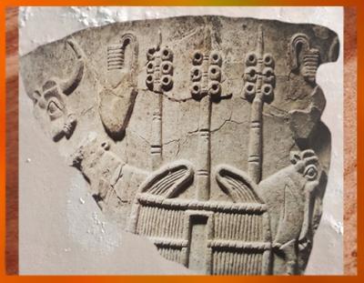 D'après les étendards d'Inanna et bétail, relief calcaire, Uruk, vers 3300 avjc, Mésopotamie. (Marsailly/Blogostelle)