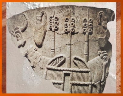 D'après les Etendarts d'Inanna et Bétail, Uruk, vers 3300 avjc, calcaire, Mésopotamie. (Marsailly/Blogostelle)