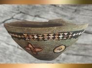 D'après une coupe, pierre calcaire et incrustations colorées, vers 3000 ans avjc, Uruk, Irak actuel, Mésopotamie. (Marsailly/Blogostelle)