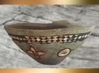 D'après une coupe pierre calcaire et incrustations colorées, vers 3000 ans avjc, Uruk, Irak actuel. (Marsailly/Blogostelle)
