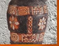 D'après un vase rituel, pierre calcaire et incrustations, Uruk, vers 3000 ans avjc, détail, Mésopotamie. (Marsailly/Blogostelle)