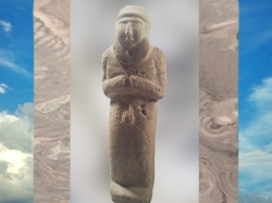 Daprès une statuette dite Roi-Prêtre, orant nu en prière, vers 3200 avjc, calcaire, Sumer. (Marsailly/Blogostelle)