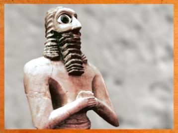 D'après un fidèle en prière, temple Carré du dieu Abu, vers 2550-2600 avjc, D'après une femme en prière, temple Carré du dieu Abu, vers 2550-2600 avjc, époque des dynasties archaïques de Sumer,Eshnunna-Tell Asmar, Irak actuel, Mésopotamie. (Marsailly/Blogostelle)