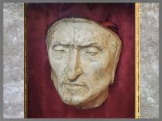 D'après le masque funéraire de Dante Alighieri, Palazzio Vecchio, Florence, Italie. (Marsailly/Blogostelle)