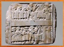 D'après une scène de libation et de sacrifice devant le temple, Ur, vers 2600-2500 avjc, période des dynasties archaïques, Irak actuel, Mésopotamie. (Marsailly/Blogostelle)