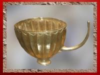 D'après un vase en or, sépulture de la reine Puabi, tombes royales d'Ur, vers 2500 avjc, période des dynasties archaïques sumériennes, actuel Irak, Mésopotamie. (Marsailly/Blogostelle)