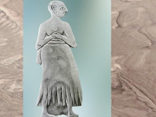 D'après une statuette d'orant, palais de Mari, vers 2500-2300 ans avjc, Mari, Tell Hariri, actuelle Syrie. (Marsailly/Blogostelle)