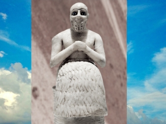 D'après la statue votive dite de l'intendant Ebih-Il, albâtre, vers 2400 avjc, temple d'Ishtar, Mari, Tell Hariri, actuelle Syrie, Orient ancien. (Marsailly/Blogostelle)