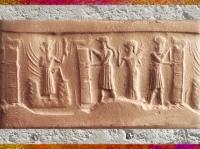 D'après le dieu Soleil qui sort de la Montagne, et l'ouverture du temple, empreinte de sceau, vers 2350-2200 avjc, période d'Agadé, Mésopotamie. (Marsailly/Blogostelle)