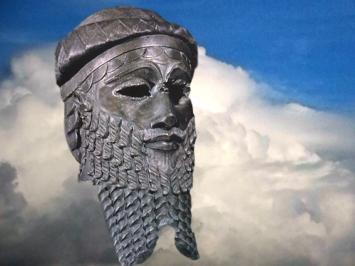 D'après le Masque dit de Sargon, possible portrait du fondateur de la dynastie d'Akkad ou d'un roi d'Agadé, bronze, vers 2340 avjc - 2200 avjc, époque d'Agadé, Mésopotamie. (Marsailly/Blogostelle)