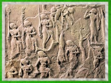 D'après la stèle de Victoire de Narâm-Sîn, les guerriers, détail, vers 2230 avjc, dynastie d'Akkad, époque d'Agadé, butin de Suse, Mésopotamie. (Marsailly/Blogostelle)
